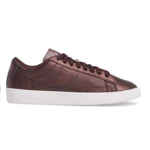 NIKE Blazer Low LE Basketball Shoe